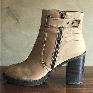 Sole Society Jessy Ankle Boots Taupe Size 9 M